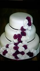Royal Pacific Wedding cake